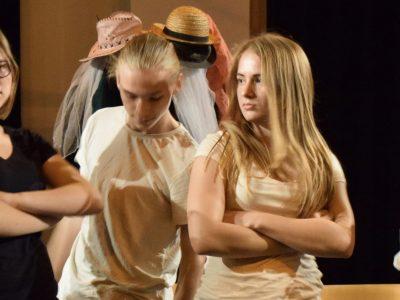 Theater tieners 001 productie