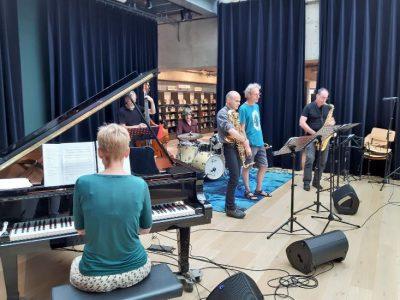 muziek Jazz & Beyond op het podium